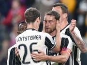 Claudio Marchisio und Stephan Lichtsteiner jubeln im Juve-Dress (Archivaufnahme) (Bild: KEYSTONE/EPA ANSA/DI MARCO)