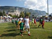 Die Spieler des FC Thun schreiten im Cup zur Tat - und erledigen die Pflicht souverän (Bild: KEYSTONE/SALVATORE DI NOLFI)