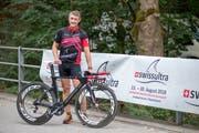 Der 54-jährige Arzt Beat Knechtle nimmt am Swiss-Ultra-Triathlon in Buchs teil. (Bild: Raphael Rohner)
