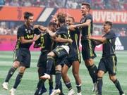 Jubel bei Juventus nach dem verwandelten Elfmeter von Mattia De Sciglio (Nummer 2) (Bild: KEYSTONE/AP/JOHN BAZEMORE)