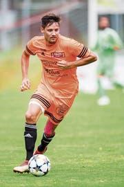 Erst hat er sich geziert, dann entschloss sich Till Fischer dennoch für ein Engagement beim FC Schötz, mit dem er sich in den Top 5 einreihen möchte. (Bild: Eveline Beerkircher (Schötz, 28. Juli 2018)