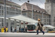 At the station St.Gallen was sometimes a mess on Monday morning due to a technical failure. (Image: Hanspeter Schiess)