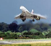 Eine Concorde, das erste und einzige Überschall-Verkehrsflugzeug. 2003 startete sie zum letzten Mal. (Bild: Chris Bacon/AP (Shannon, 7. August 2001))