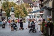 An Spitzentagen gehen knapp 18000 Personen durch die Marktagsse. (Bild: Michel Canonica)