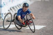 Mehrfacher Paralympics-Sieger im Handbike: der ehemalige Formel-1-Pilot Alex Zanardi. (Bild: Imago (Maniago, 1. August 2018)
