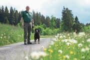Alfred Meier ist Präsident des Zuger Patent Jägervereins. (Bild: Maria Schmid (Unterägeri, 24. Mai 2018))