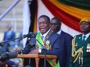 Emmerson Mnangagwa ist laut einem Entscheid des Verfassungsgerichts in Simbabwe der rechtmässige Gewinner der Präsidentenwahlen vom 30. Juni. (Bild: KEYSTONE/EPA/AARON UFUMELI)