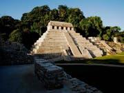 Tempel in Palenque im südmexikanischen Bundesstaat Chiapas (nicht «El Palacio» - Archivaufnahme von 2012). (Bild: KEYSTONE/EPA/INAH/H.Montano)