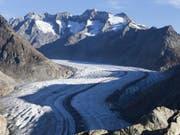 Eine neue Bürgerbewegung will mit einer Initiative die Gletscher in der Schweiz retten. Konkret verlangt sie, die Klimaziele von Paris in der Bundesverfassung zu verankern. (Bild: Keystone/DOMINIC STEINMANN)