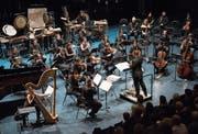 Alles neu: Matthias Pintscher leitet das Academy-Orchester im Luzerner Saal. (Bild: LF/Priska Ketterer)