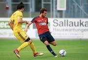 Eingewechselt und den Siegtreffer erzielt: Cyrill Gasser (am Ball), hier gegen Münsingen. (Bild: Werner Schelbert)