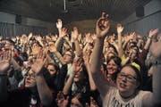 Jugendliche am Festival Andermatt Live vergangenes Jahr. Die Gemeinde Andermatt zeichnet sich durch ein vorbildliches und langfristiges Engagement für ihre Jugendlichen aus. (Bild: Urs Hanhart, 18. März 2017)