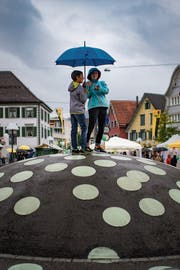 Dunkle Wolken lagen am Samstag über dem Fest. (Bild: Benjamin Manser)