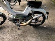 Das Mofa auf 96 km/h frisiert: Der 17-Jährige nahm etliche technische Veränderungen an seinem Zweirad vor. (Bild: Kapo St. Gallen)