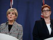 Nachfolgerin von Aussenministerin Julie Bishop (links) wird Marise Payne. (Bild: KEYSTONE/AP/RICK RYCROFT)