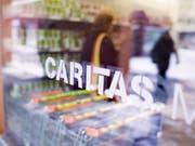 Caritas Schweiz: Die Armutsbekämpfung ist ebenso Sache des Bundes, nicht nur der Kantone. (Bild: KEYSTONE/GAETAN BALLY)