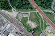 Der Standort für Fahrende zwischen Rothenburg Station Ost (unten) und der Autobahn. (Bild: map.search.ch)