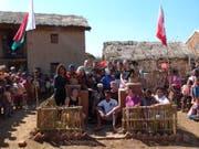 Der Brunnen steht, und die Einsatzgruppe ist stolz auf die verrichtete Arbeit. Bild: PD, Manirisoa, Juli/August 2018)
