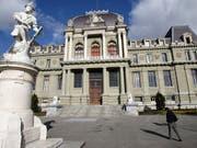 Vor dem Strafgericht in Lausanne hat am Montag der Prozess um einen Millionenraub bei einer Sicherheitsfirma in Bussigny VD begonnen. (Bild: KEYSTONE/LAURENT GILLIERON)