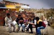 Die Juristin Laura Crivelli (zweite von rechts) ist für das Hilfswerk Interteam in Bolivien im Einsatz. (Bild: Interteam)