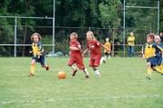 Kampf um das runde Leder: Nur wer schneller als der Gegner ist, kann den Ball erobern. (Bild: Andreas Taverner)