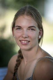 Géraldine Ruckstuhl, Leichtathletin. 1998 in Altbüron geboren. Besuch der Sportschule Kriens in ihrem letzten Sekundarschuljahr 2012/13. Ruckstuhl wurde 2015 U-18-Europameisterin im Siebenkampf. 2017 stellte sie einen neuen Schweizer Rekord im Siebenkampf auf.