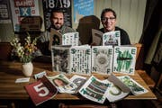 Fabian Rietmann (links) und Ruben Schönenberger blicken auf neun «Senf»-Ausgaben zurück. Heute folgt die zehnte. (Bild: Hanspeter Schiess)