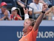 Stan Wawrinka zeigte gegen den Bulgaren Grigor Dimitrov eine starke Leistung (Bild: KEYSTONE/AP/SETH WENIG)