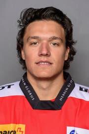 Calvin Thürkauf, Eishockeyspieler. 1997 in Zug geboren. Schweizerisch-kanadischer Doppelbürger. Besuch der Sportschule Kriens von 2009 bis 2012. Wechselte vom EV Zug 2016 zu den Columbus Blue Jackets in die National Hockey League in Kanada. Spielte in der Junioren-Nati Schweiz.