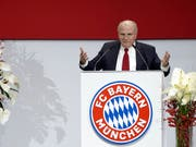 Erwartet keine Revolution für die deutsche Nationalmannschaft: Bayern-Präsident Uli Hoeness (Bild: KEYSTONE/AP/MATTHIAS SCHRADER)