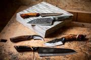 Die Klingen haben je nach Zweck des Messers unterschiedliche Formen.