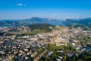 Luftaufnahme von Kriens Süd mit dem Mattenhof, dem Schweighof und dem Nidfeld. (Bild: Philipp Schmidli (Luzern, 29. Juli 2018))