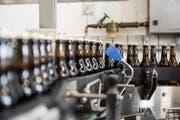 Jährlich werden bei der Bierbrauerei Sonnenbräu drei Millionen Liter Bier hergestellt. (Bild: Mareycke Frehner)