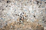 So multiperspektivisch wie Jan Hostettlers im Luzerner Kunstraum Sic! präsentierte Rückspiegel-Sammlung ist auch der Blick, den die Kunsthoch jedes Jahr auf das hiesige Kunstschaffen ermöglicht. (Bild: Andri Stadler/PD)