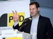 Im Visier der Staatsanwaltschaft: Der Genfer Staatsrat und Regierungspräsident Pierre Maudet (FDP), hier bei seiner Grussadresse an die Delegierten der BDP am vergangenen Samstag in Genf. (Bild: KEYSTONE/MARTIAL TREZZINI)
