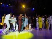 Ein gemeinsames Konzert zahlreicher Musiker bildete den Auftakt in die Feierlichkeiten zu Ehren von Aretha Franklin in Detroit. (Bild: KEYSTONE/EPA/RENA LAVERTY)