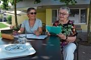 Maria Christine Schramke (rechts) und Monika Rösinger haben in den vergangenen Monaten viele Gespräche geführt. (Bild: Anina Rütsche)