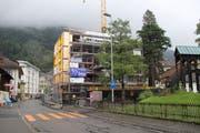Der Brand ereignete sich auf der Baustelle der Überbauung «Der Turm». (Bild: Philipp Zurfluh, Altdorf, 31. August 2018)