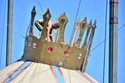 In Schieflage: Der Circus Royal gastiert zurzeit in Arbon. (Bild: Max Eichenberger)