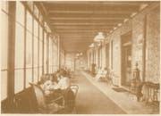 Die Hotel-Glashalle in einem Werbeprospekt zu Beginn der 20. Jahrhunderts. (Bild: Staatsarchiv Luzern/PA 131/9)