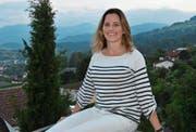 Patricia Mattle schätzt den Blick von der Terrasse ihres Elternhauses in Altstätten nach ihrer Rückkehr aus New York. (Bild: Monika von der Linden)
