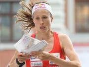 Judith Wyder, die schon am Samstag im Einzel eine Medaille holte, rettet mit Abschnitts-Bestzeit der Schweiz die Silbermedaille in der Sprint-Staffel (Bild: KEYSTONE/SWISS ORIENTEERING/REMY STEINEGGER)