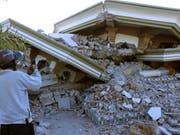 Vom Erdbeben zerstörte Moschee auf Lombok. (Bild: Keystone/EPA/ADI WEDA)