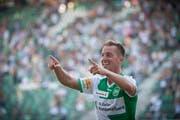 Ihn werden die FCSG-Fans vermissen: Identifikationsfigur Marco Aratore nach einem seiner 22 Tore für Grün-Weiss. (Bild: Urs Bucher)
