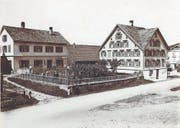 Die Scheune (Bildmitte) des Hauses Berger, in dem sich das erste Depot für die Landi Ganterschwil befand. (Bild: PD)