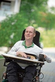 Martin Hailer aus Rothenburg will möglichst selbstbestimmt leben. (Bild: Pius Amrein (17. Juni 2015))
