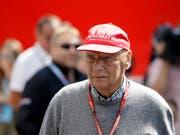 Niki Lauda hat laut den Ärzten zu keinem Zeitpunkt eine Vorzugsbehandlung erhalten (Bild: KEYSTONE/AP/LUCA BRUNO)