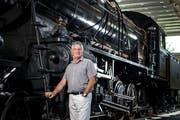 Beat Klarer bei der Gotthard Dampflokomotive C 5/6 im Verkehrshaus, wo er aufgewachsen ist. (Bild: Pius Amrein (Luzern, 8. August 2018))