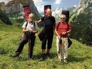 Die Musikanten Jürg Sonderer, Dieter Mattis (Mitte) und Edi Baumann sind Füchse als Zuhörer nicht gewöhnt. )Bild. pd)