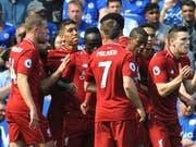 Die Liverpooler jubeln nach dem Führungstor durch Sadio Mané (Mitte, links von Milner) (Bild: KEYSTONE/AP/RUI VIEIRA)